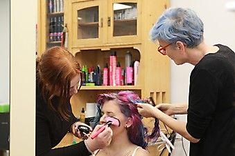 Friseure mit Herz Brautstyling - BACKSTAGE: The making of