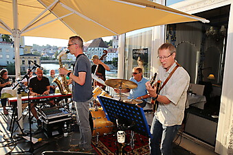 Grillabend mit Bodo & The Empty Bottles LIVE
