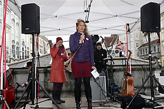 One Billion Rising am Steyrer Stadtplatz